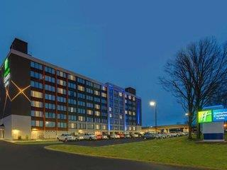 günstige Angebote für Holiday Inn Express & Suites Ft. Washington